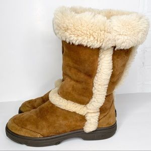 UGG Sunburst Tall Boots Size 10 Chestnut Tan
